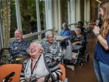 Dordtse studenten geven colleges aan ouderen met dementie