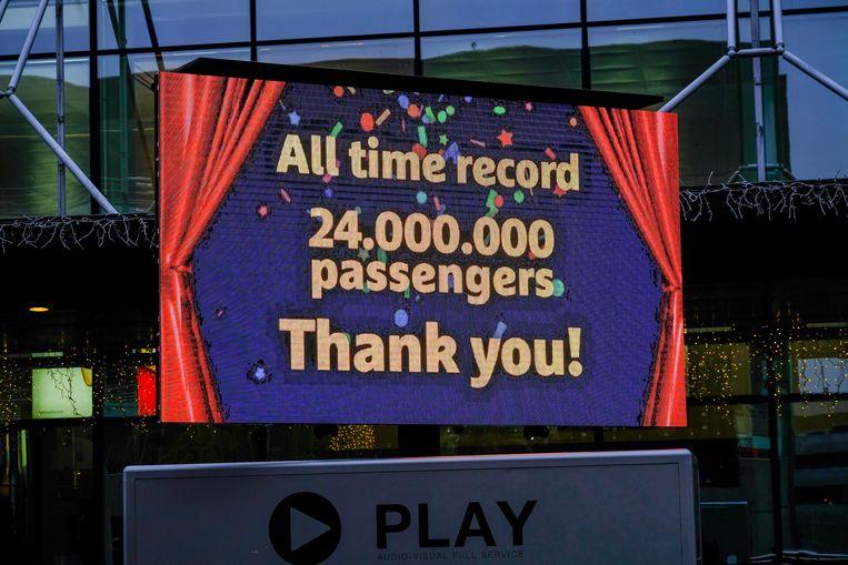 Brussels Airport kon in december uitpakken met de 24 miljoenste passagier van het jaar.