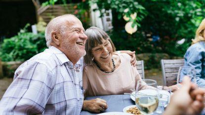 Druk sociaal leven kan het risico op dementie verlagen
