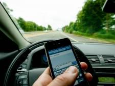 Politie kondigt smartphonecontrole aan op Utrechtse snelwegen