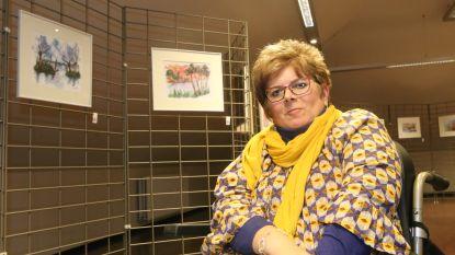 Ilse stelt tentoon in gemeentehuis