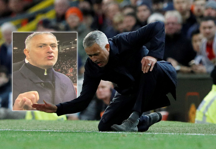 Image result for mourinho Schelden and little finger against Newcastle