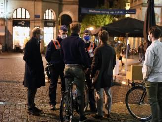 """REPORTAGE. Een Leuvense studentennacht door de ogen van de politie: """"Heel lange dagen en hard werken, maar streng optreden is nodig als ze willen blijven feesten"""""""