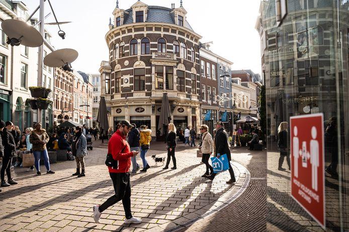 Drukte in de binnenstad van Arnhem. Foto ter illustratie.