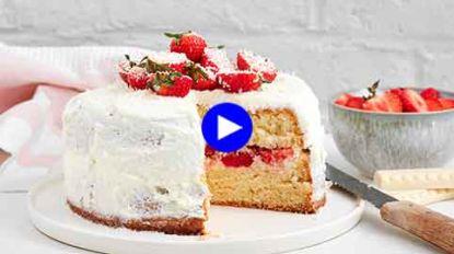 Aardbeien + mascarpone + witte chocolade: van dit zomers dessert krijg je geen genoeg