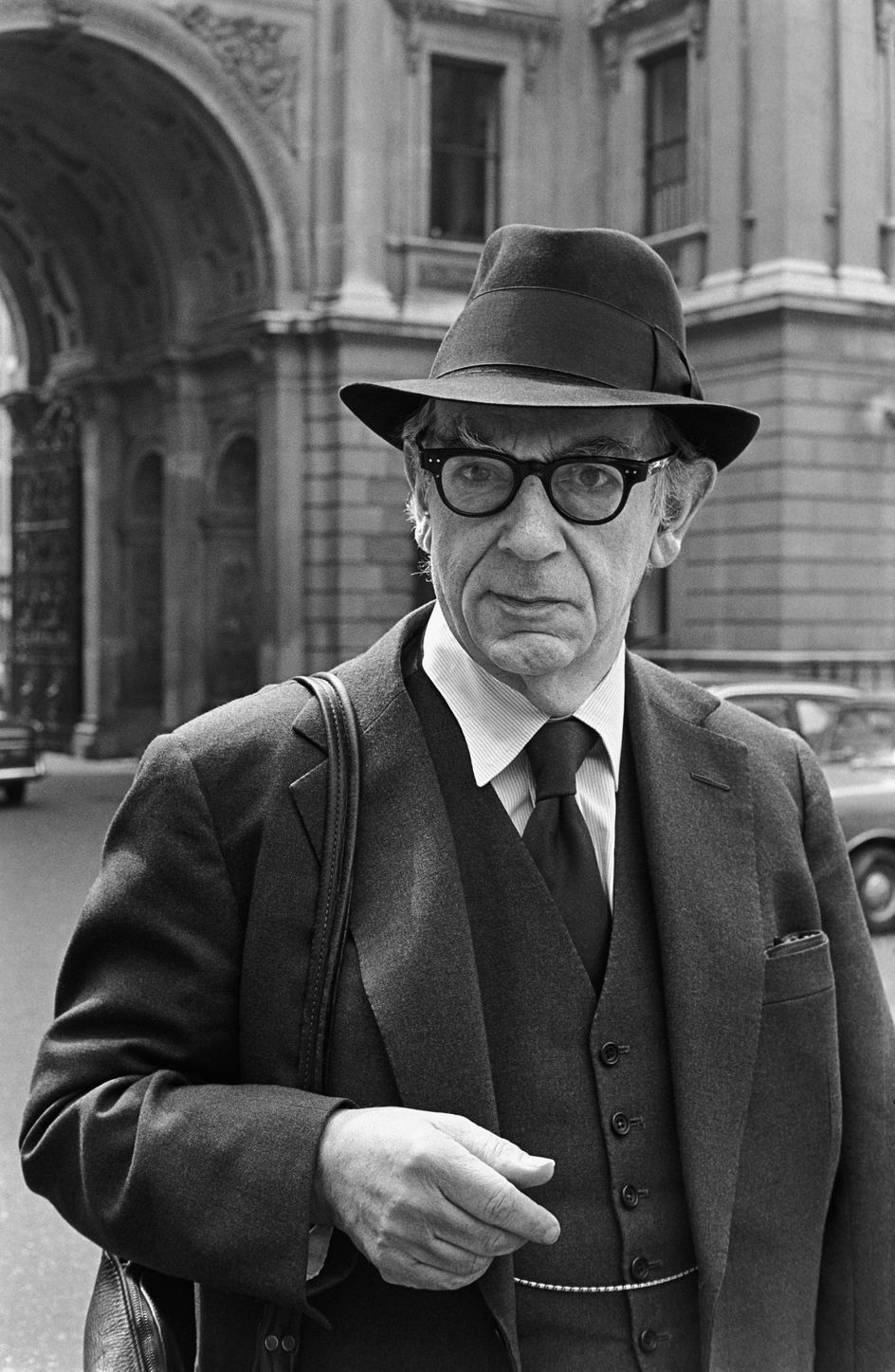 isaiah berlin essays This book assesses critically an important part of the work of a major historian of ideas isaiah berlin (1909–97) published many influential essays on thinkers of.
