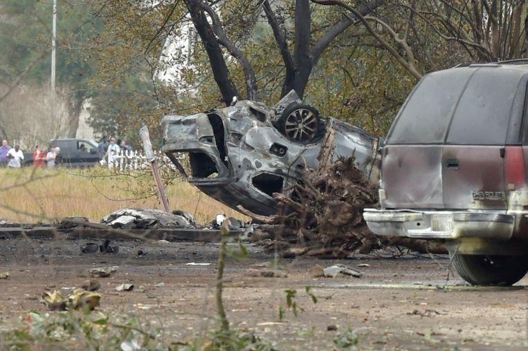 Ook verschillende wagens raakten beschadigd.