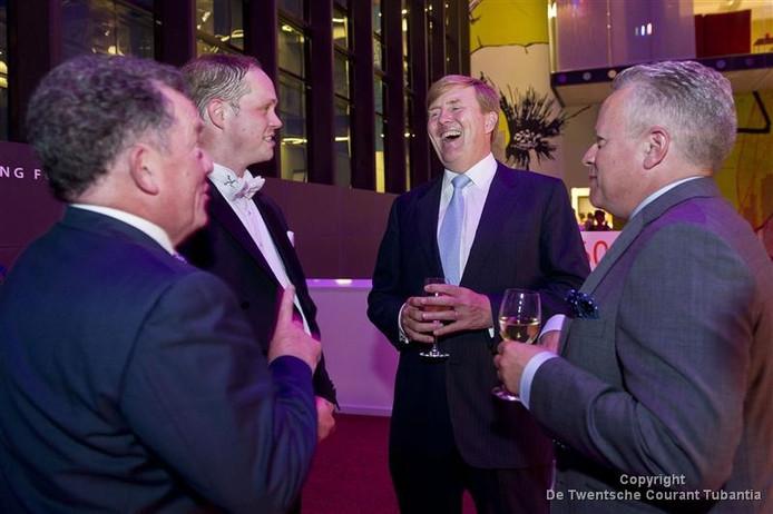 Koning Willem Alexander Geniet Van Verjaardag Nederlandse Reisopera