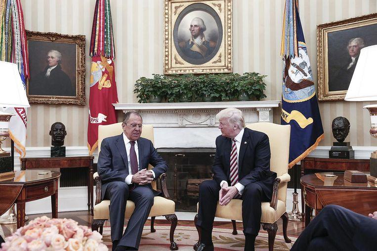 Donald Trump ontving vorige week de Russische minister van Buitenlandse Zaken in het Witte Huis. Beeld afp