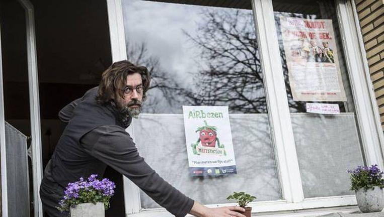 In totaal deelde de UA 1.068 plantjes uit aan inwoners uit de hele stad Antwerpen, die ze op de vensterbank konden plaatsen. De onderzoekers wilden na twee maanden nagaan hoeveel fijnstof zich op de blaadjes heeft verzameld.