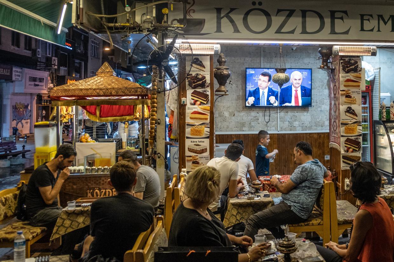 Tv-debat tussen de burgemeesterskandidaten.