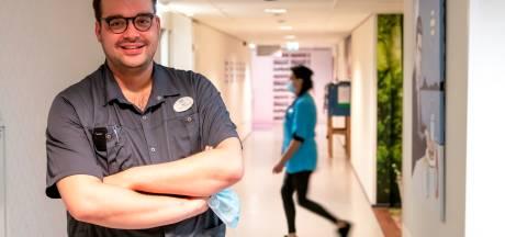 Van docent geschiedenis naar student verpleegkunde: 'Ik wil niet ieder jaar hetzelfde vertellen in een klas'