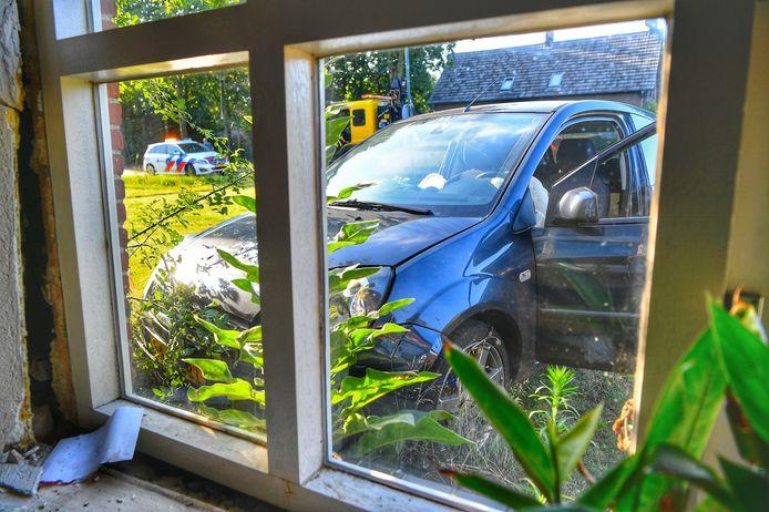 Er vielen geen gewonden, maar er was wel veel schade aan de woning.