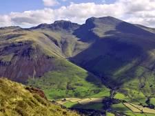 Té veel in de wolken: Mannen gered van berg na foute joint