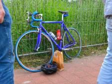 Wielrenner zwaargewond bij valpartij op fietspad in Bergeijk