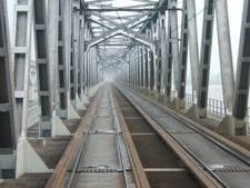 Moerdijkbrug in de zomer 18 dagen dicht