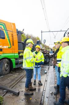 'De schade is enorm', ProRail-baas Eringa wil onderzoek na treinbotsing Wouw