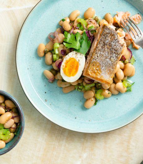 Wat Eten We Vandaag: Rosé gebakken zalm met salade van limabonen
