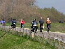 Motorrijders naar Raad van State voor principe-uitspraak over dijkverbod