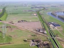 Bouw viaduct over spoor begonnen