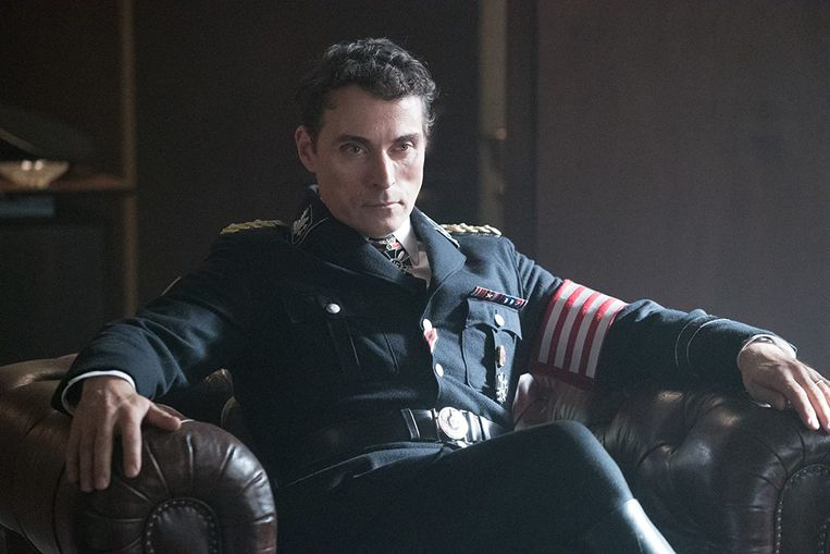 Rufus Sewell in 'The Man in the High Castle'. Beeld