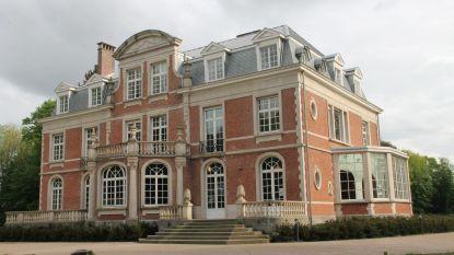 Izegem stelt locaties ter beschikking aan scholen: van examens in zaal ISO tot opvang in kasteel Wallemote