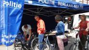 Politie graveert 75 fietsen tijdens autoloze zondag