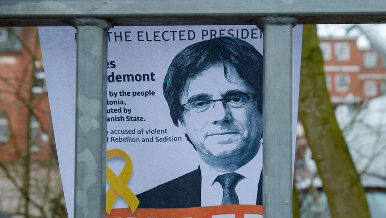 De Catalaan, die een gevangenisstraf van maximaal 25 jaar boven het hoofd hangt als hij wordt uitgeleverd, moet wel een borgsom van 75 duizend euro betalen. Beeld AFP