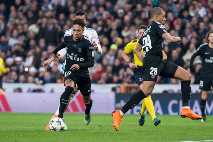 Neymar in actie tegen Real Madrid.
