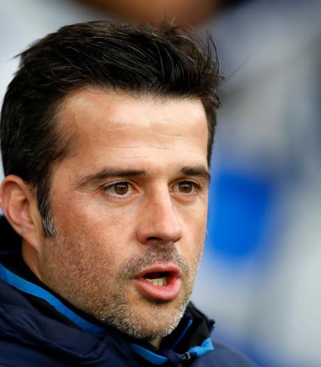 Fikse boete voor Everton-coach Silva na wangedrag tegen arbitrage