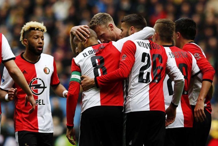Feyenoord viert de 2-0 overwinning op Vitesse, 23-04-2017. Beeld null