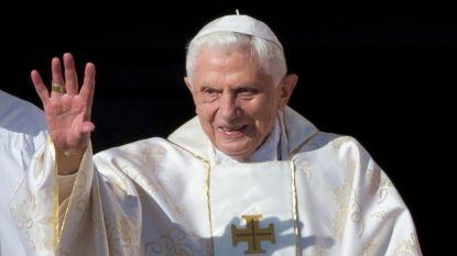 Voormalig paus Benedictus acht 'golden sixties' verantwoordelijk  voor seksueel misbruik binnen de kerk