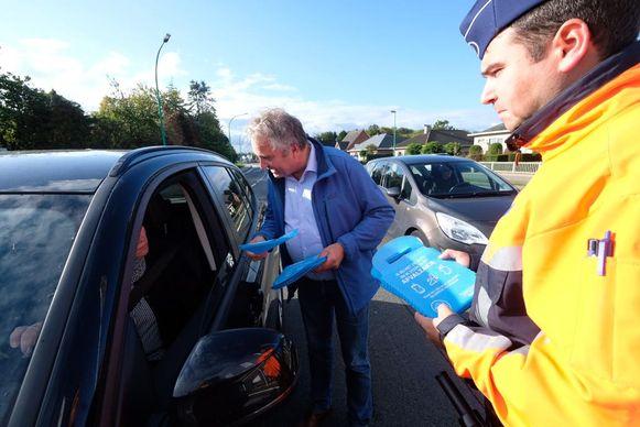 Chauffeurs kregen in Essen een zakje om hun afval in te kunnen steken.
