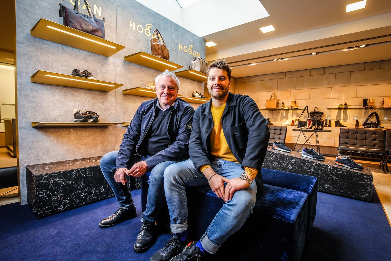 """Patrick Podevyn en zoon Nathan. """"Ik ben opgegroeid tussen de schoenen. Deze stap is dus ergens wel logisch"""", zegt de nieuwe telg van de familiezaak."""