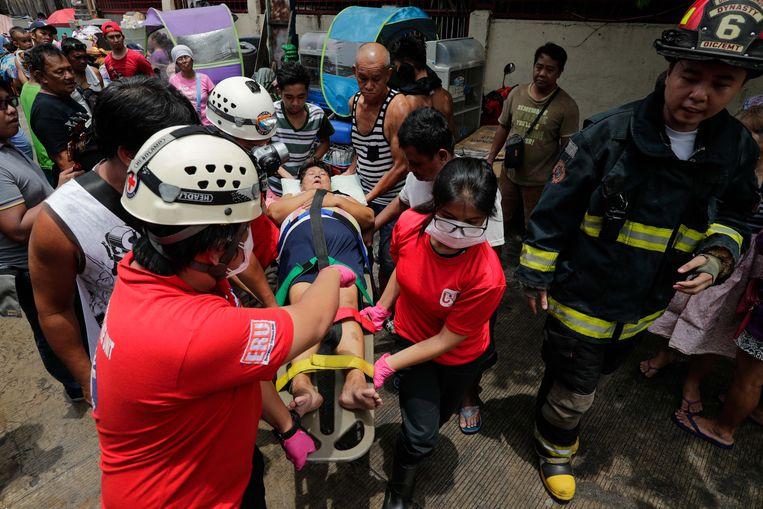 Minstens één vrouw raakte gewond bij de brand.