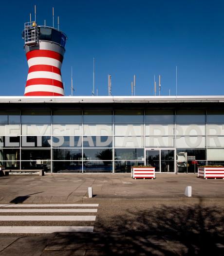 Spitfires uit WOII landen vandaag op Lelystad Airport