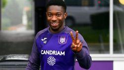 Anderlecht breekt verbintenis met Francis Amuzu open, flankaanvaller blijft tot 2024 bij paars-wit