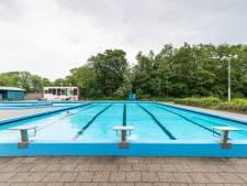 Pernissers laten zich zwemplezier niet zomaar ontnemen: burgerwacht weert insluipers