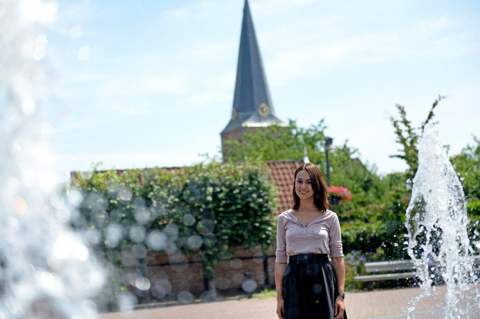 """""""Ik zal over enige tijd wel naar Hengelo moeten verhuizen, terwijl ik daar helemaal niet wil wonen."""""""