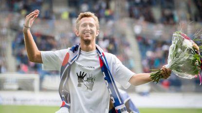 Vlap krijgt open doekje van Heerenveen-fans en neemt zelfs plaats bij harde kern