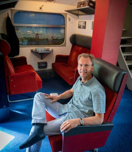 Renato woont in een trein die altijd stil staat: 'Herinnering aan m'n jeugd blijft zo in leven'