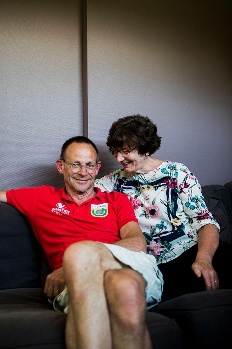 Patrick Dejaegere en zijn echtgenote Gudrun Callewaert. Patrick kreeg vijf jaar geleden de diagnose jongdementie.