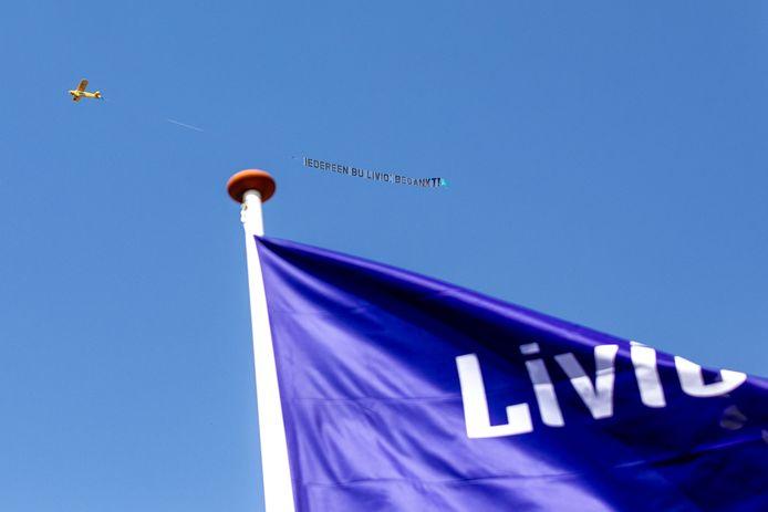 Bij alle locaties van Livio in Twente en de Achterhoek kwam maandag het vliegtuigje overvliegen.