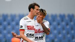 LIVE. Weinig animo in West-Vlaamse derby: Kortrijk ziet goal afgekeurd na licht duwtje, videoref greep niet in