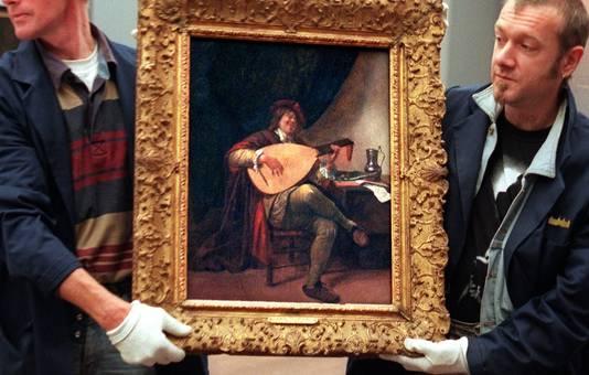 Twee expediteurs dragen een zelfportret van Jan Steen