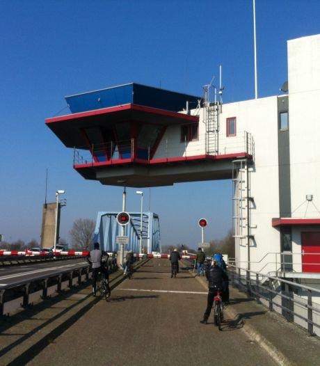 Draaibrug Sas van Gent donderdag gestremd voor wegverkeer