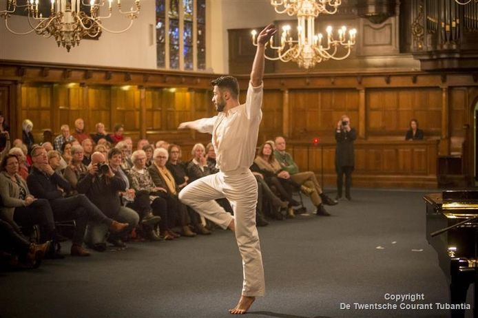 De Syrische danser Ahmad Nicolas