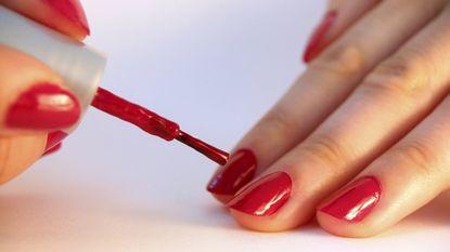 5 manieren om je nagels sneller te laten drogen