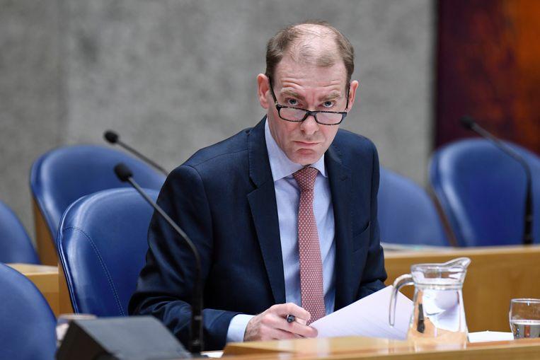 Menno Snel, Staatssecretaris van financien ( D66) tijdens het vragenuurtje in de Tweede Kamer. Beeld Hollandse Hoogte / Peter Hilz