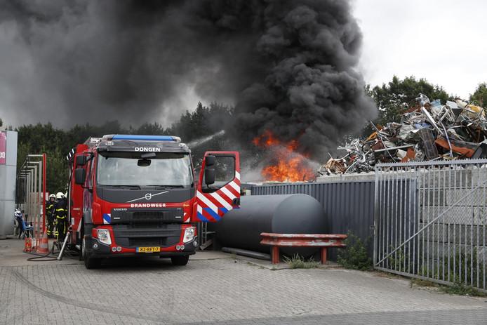 Brand bij recyclingbedrijf Dongen.